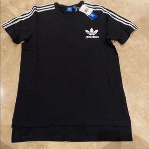 Adidas men's black T-shirt